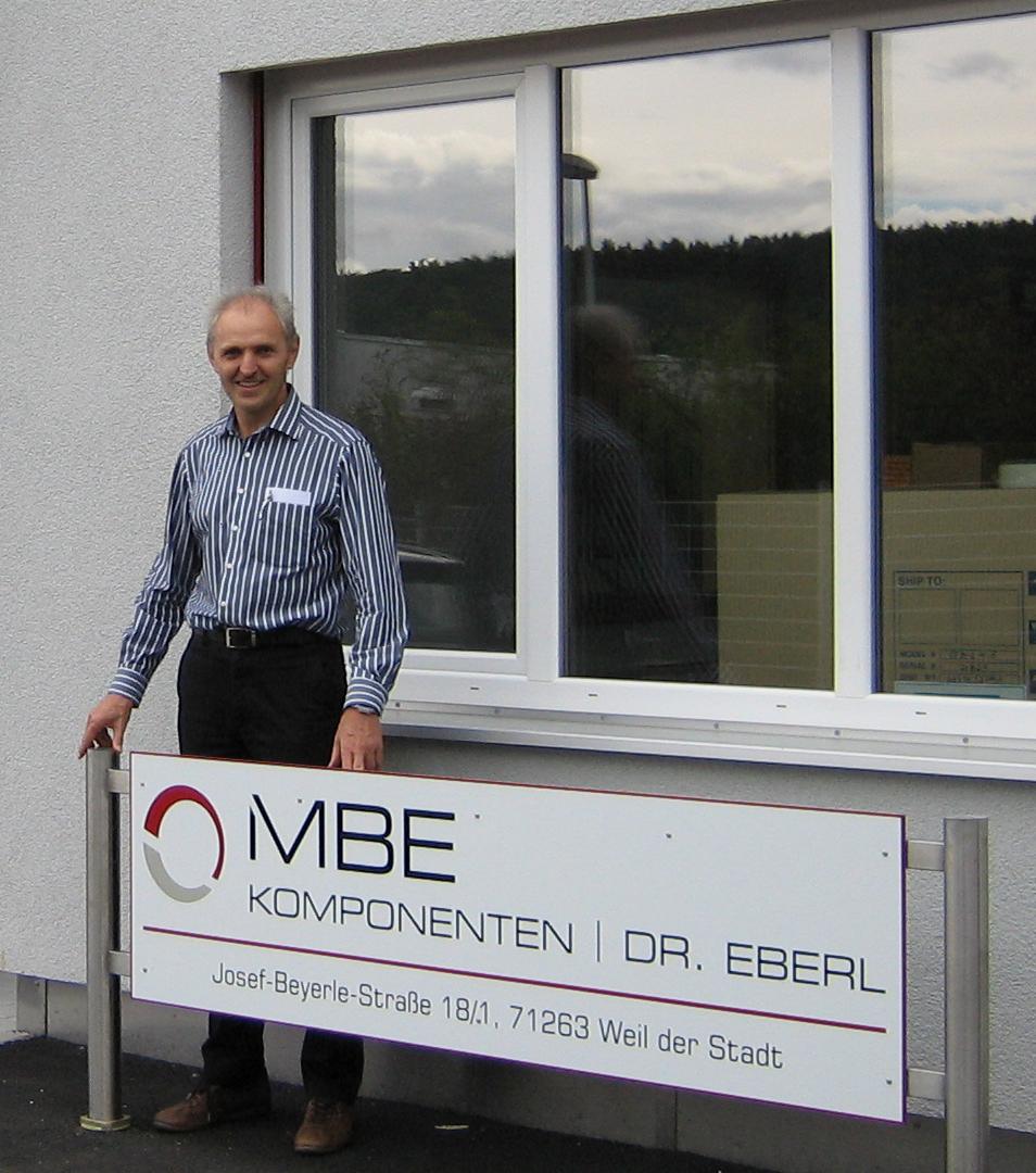 Dr. Karl Eberl, founder of MBE-Komponenten