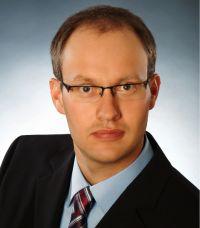 Dr. Florian Pfeiffer of perisens