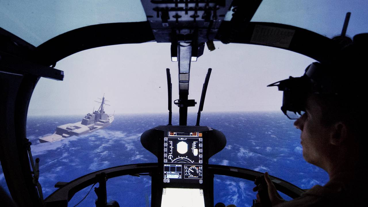 Landing approach to a ship in the helicopter simulator.
