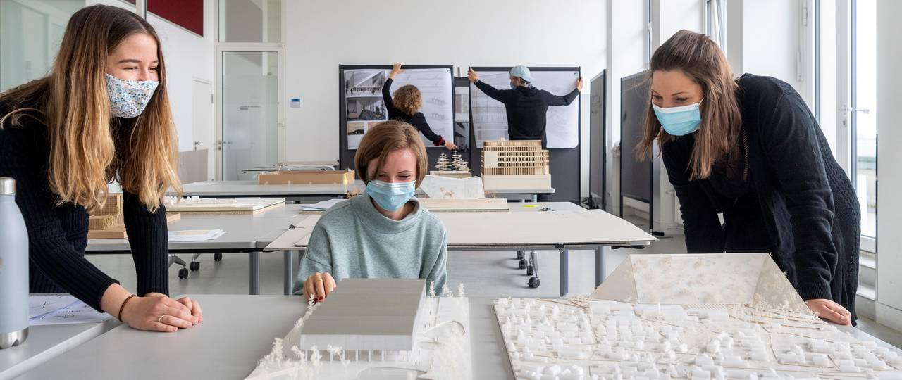 Students of architecture
