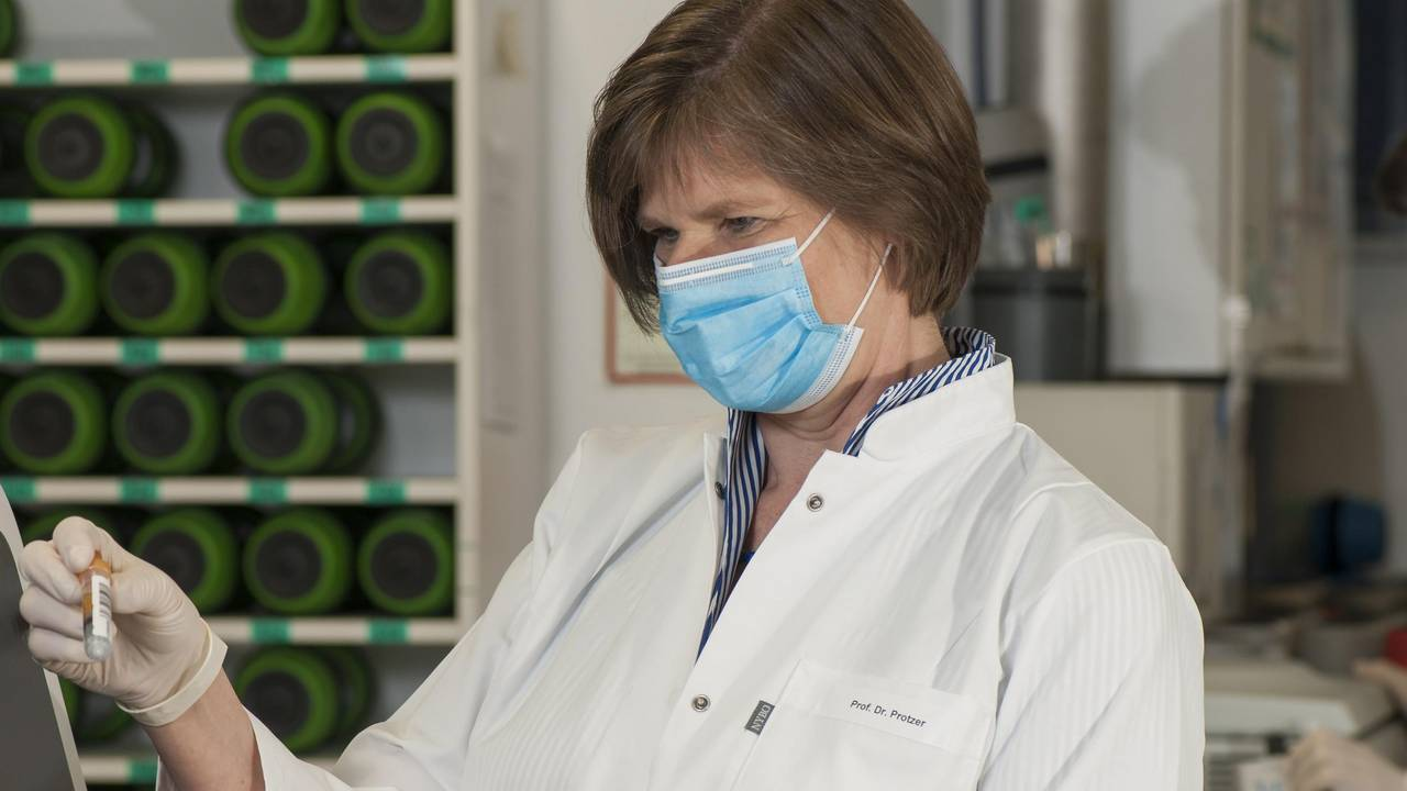 "Ulrike Protzer is a Professor for Virology at TUM and spokesperson for the Bavarian alliance ""FOR-COVID""."