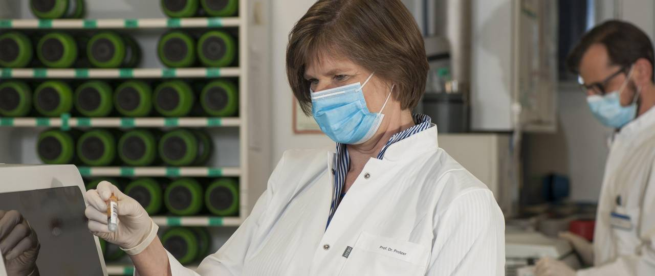 """Ulrike Protzer is a Professor for Virology at TUM and spokesperson for the Bavarian alliance """"FOR-COVID""""."""