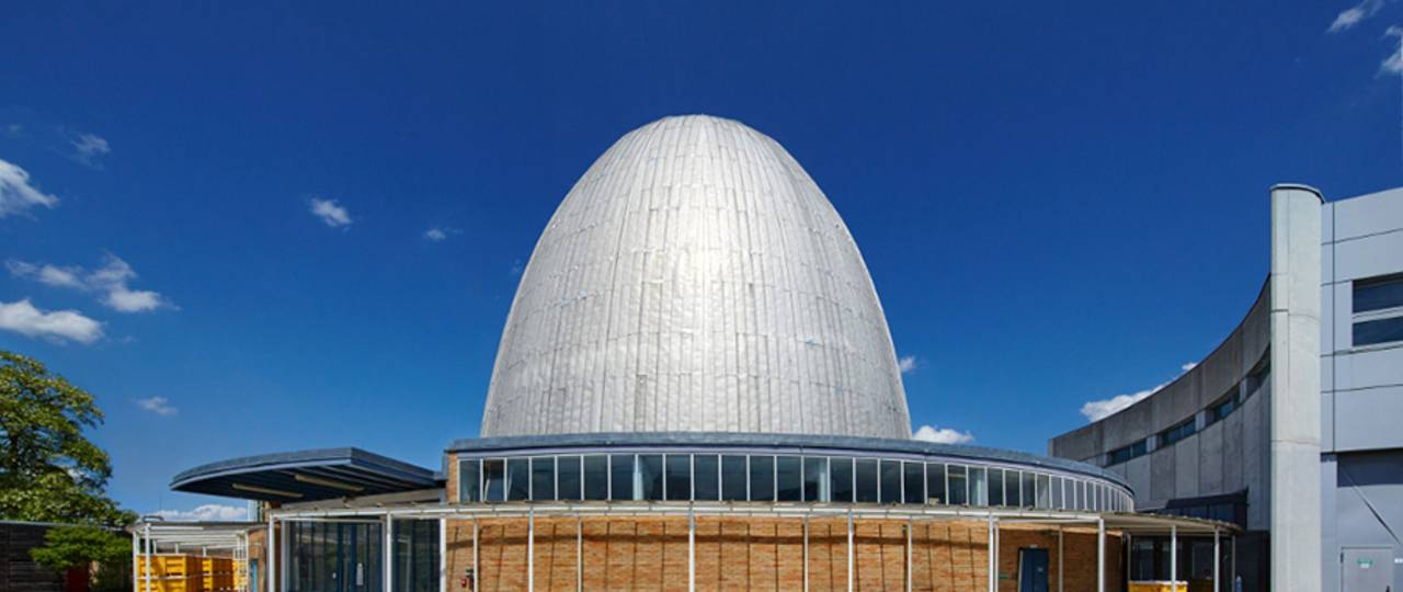 """The so-called """"Atomic Egg"""" celebrates its 60th birthday: The Research Reactor Munich was put into operation on October 31, 1957. (Photo: Bernhard Ludewig / TUM)"""