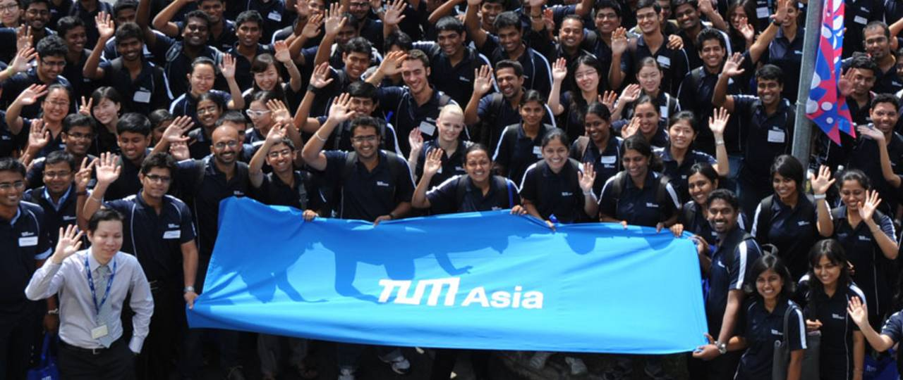 A bright career future with a Master's from TUM Asia. (Photo: TUM Asia)