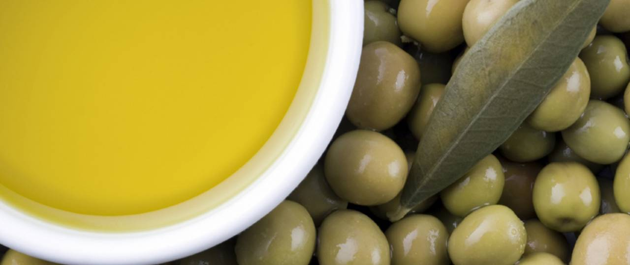 Aroma compounds in olive oil regulate feeling of satiety.