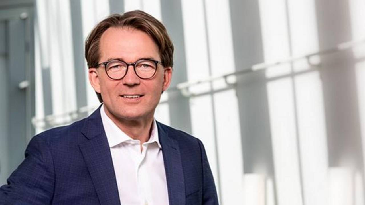 Matthias Tschöp is a professor for Metabolic Diseases at TUM and CEO of Helmholtz Zentrum München.
