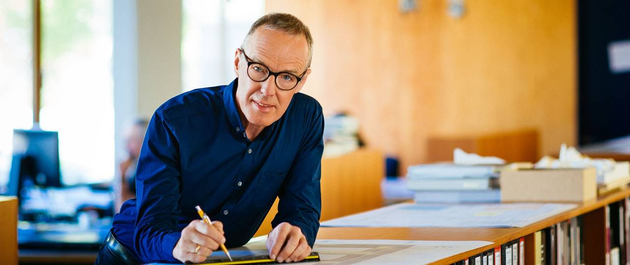Since 2002, Hermann Kaufmann is professor for Architectural Design and Timber Construction at TUM. (Image: Martin Polt)