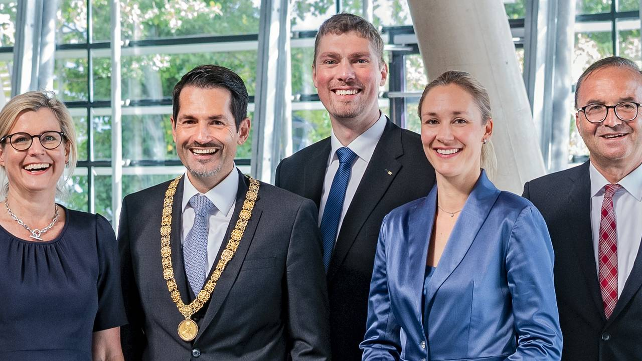 Thomas F. Hofmann, President of TUM (2nd from left) and the four Senior Vice Presidents who were recently re-elected