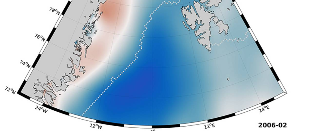The ocean east of Greenland is covered by ice all year round (the white line shows the boundary of the oceanic ice). The water underneath is subject to a dynamic seasonal process and is influenced by the currents of the Atlantic ocean.