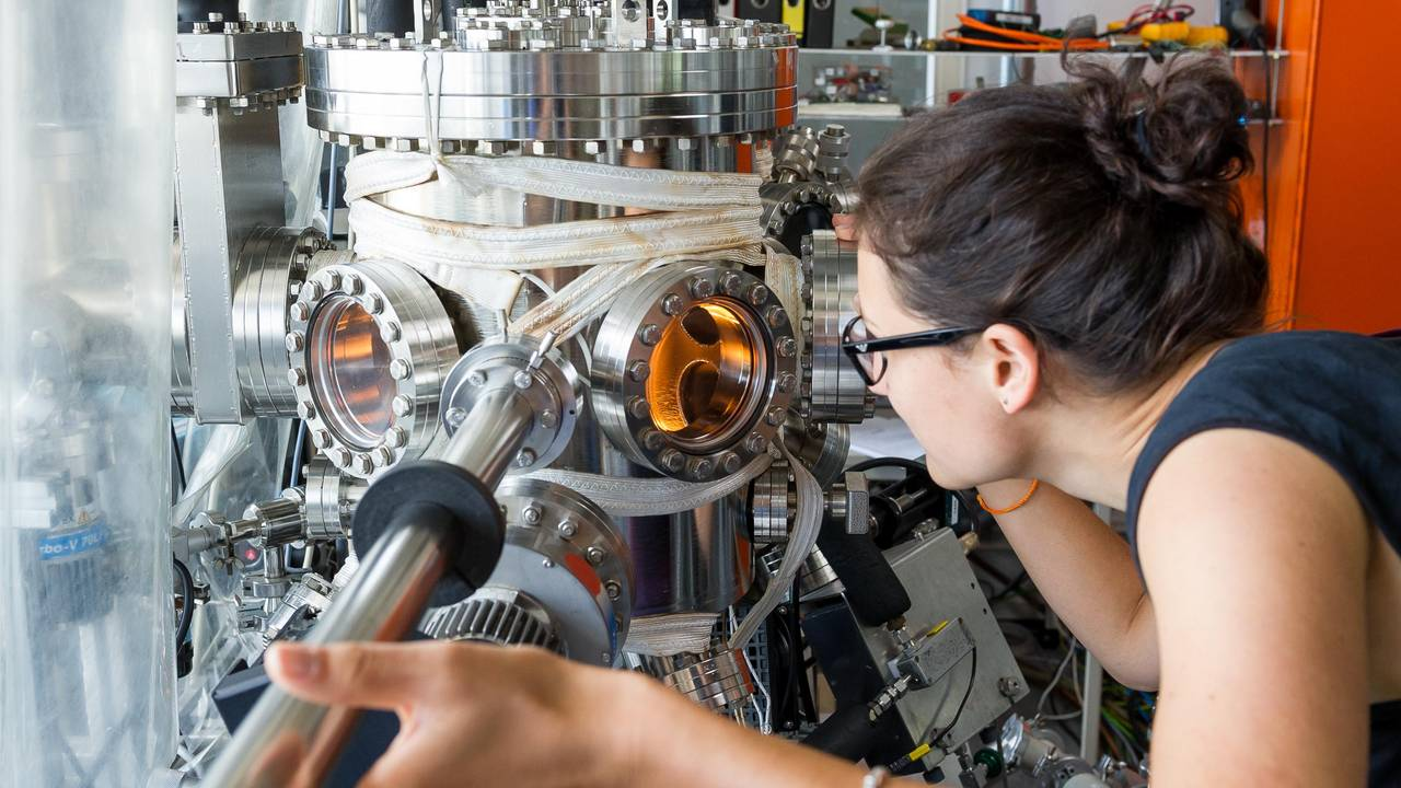 Member of a research group on experimental semiconductor physics in the laboratory