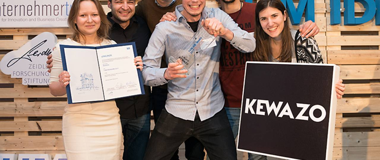 The winners of the IdeAward 2018: Team KEWAZO (Picture: Uli Benz / TUM)
