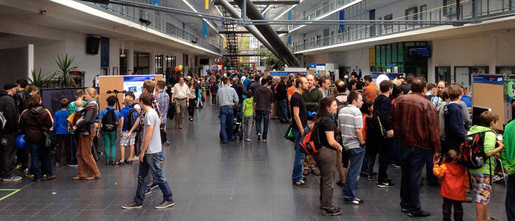 Open house day on the Garching Campus. (Photo: Andreas Battenberg)