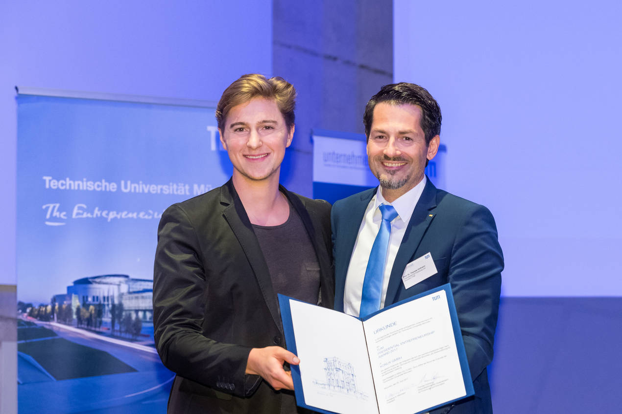 Thomas Hoffmann and Andreas Kunze at the Presidential Entrepreneurship Award ceremony