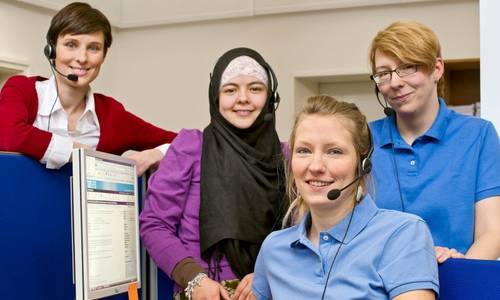 Staff of the TUM hotline (Image: Eckert/Heddergott)
