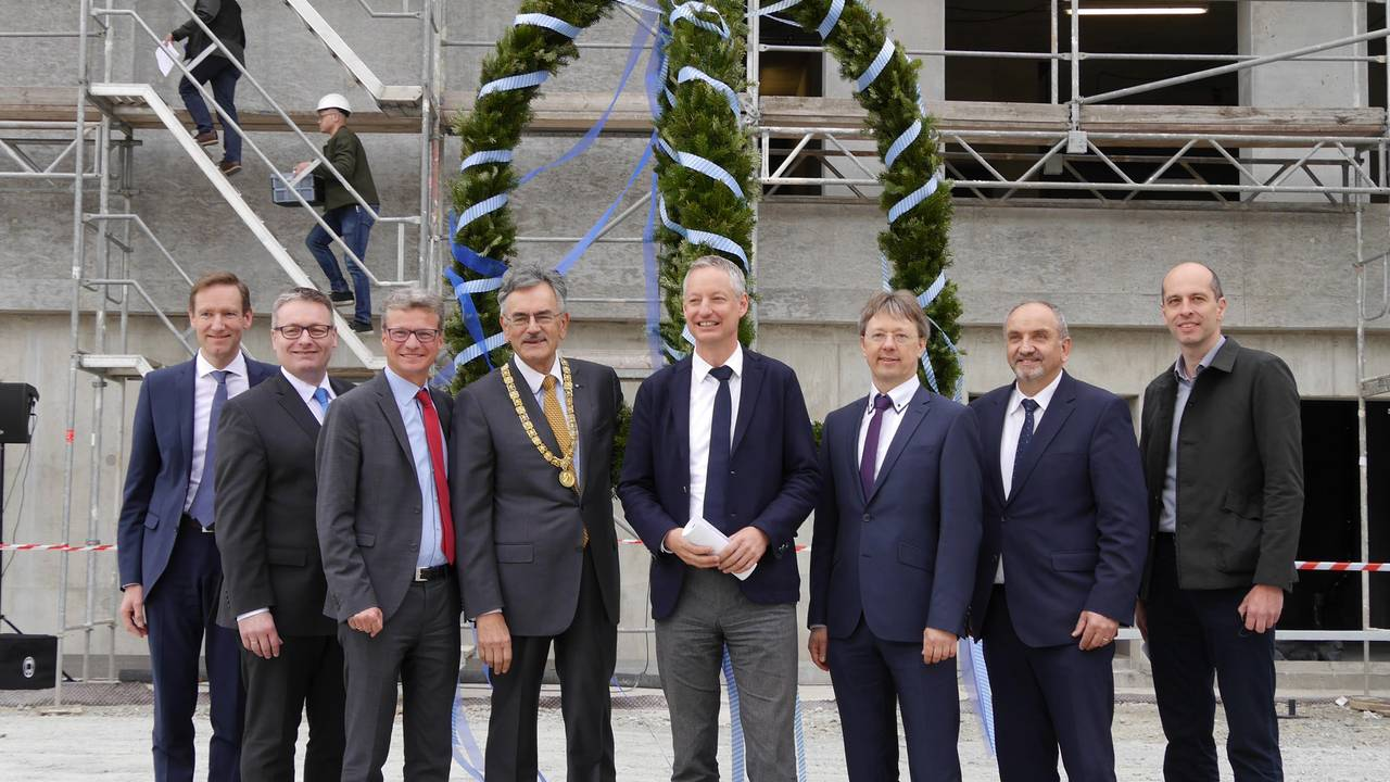 Topping-out ceremony at the Straubing campus