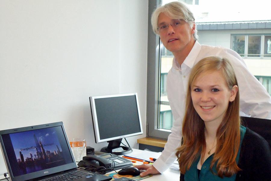 Stipendiatin Stephanie Rupp bei Vestner Aufzüge
