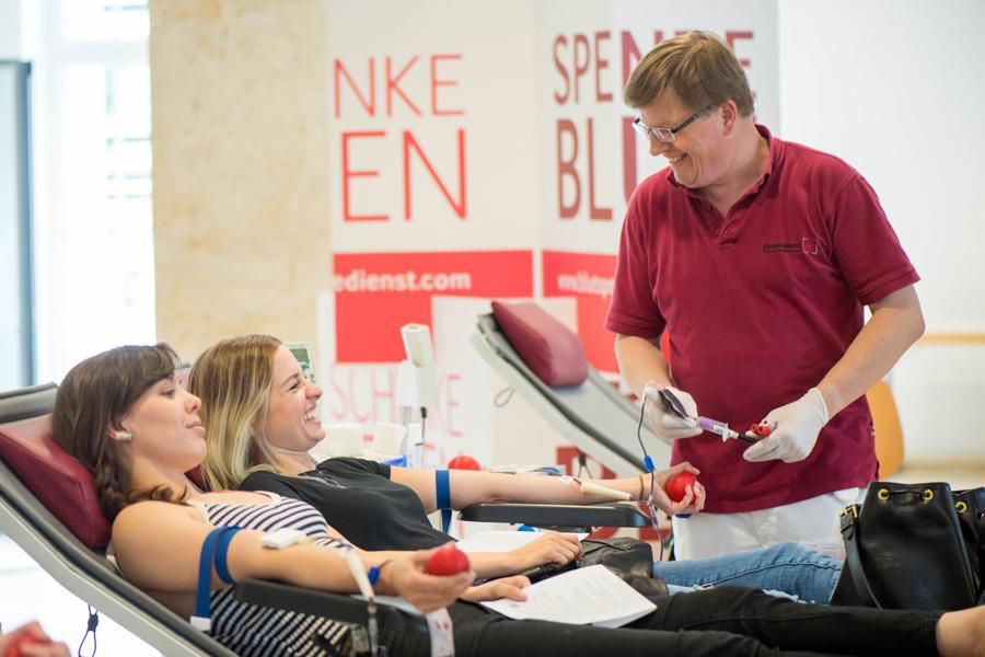 Blutspenden an der Hochschule