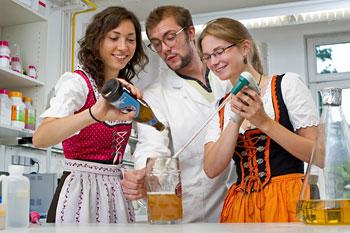 Portrait Jara Obermann, Martin Schappert und Maria Trumpfheller