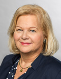 Portrait of Dr. Karin E. Oechslein, Member of TUM University Council, Director of the National Institute for Education Standards and Research