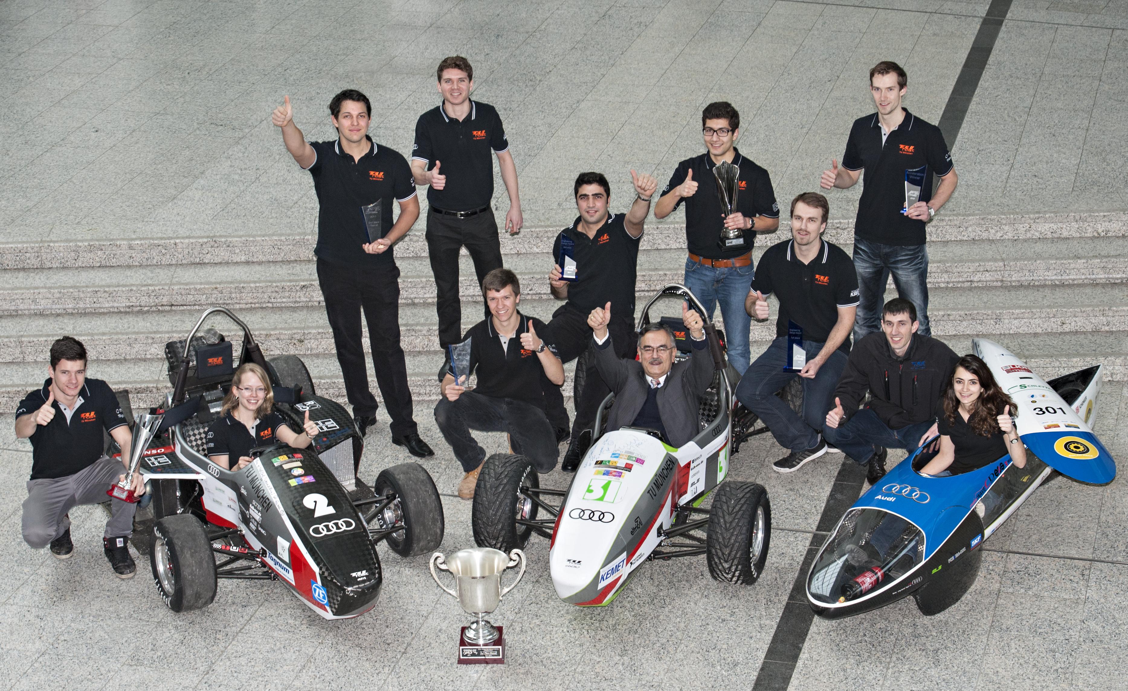 TUfast-Team mit drei Rennwagenversionen